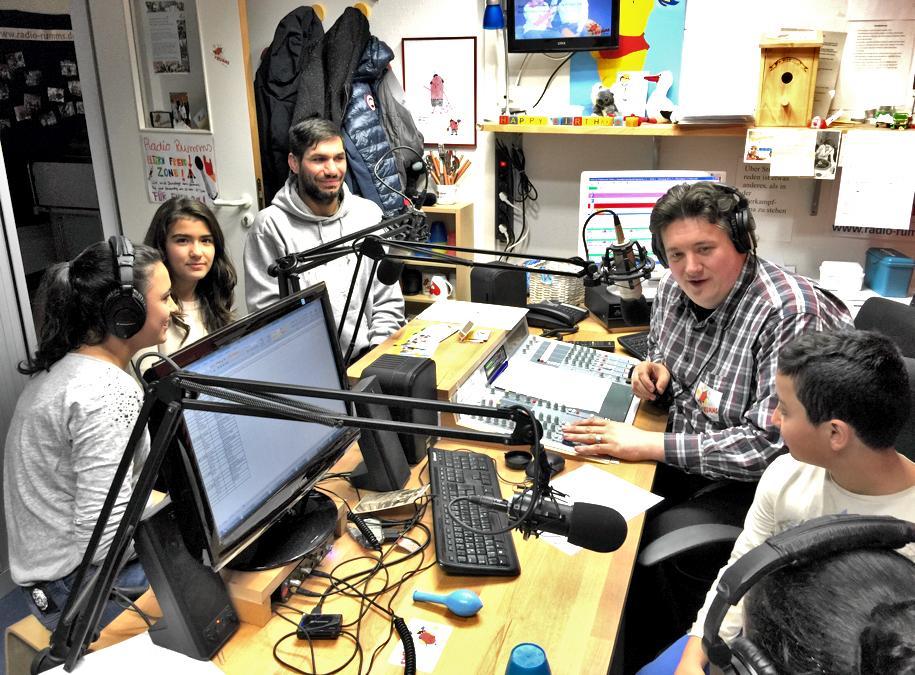 SDS-Academy zu Besuch bei Radio Rumms in der Uni-Klinik Mannheim